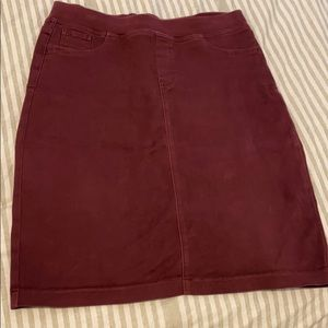 SALE NYDJ maroon skirt
